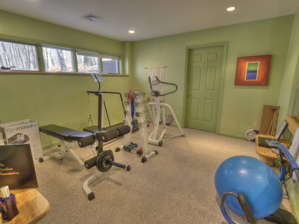 22 workout room