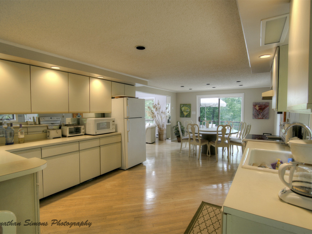 6 kitchen to dining