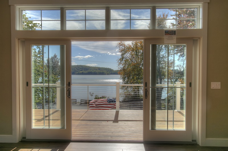 3 - View from inside out to lake - golfcourse_house_28sm (2)